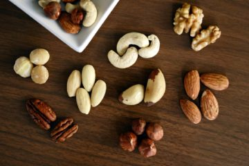 FOOD NUTS HEALTH MIND