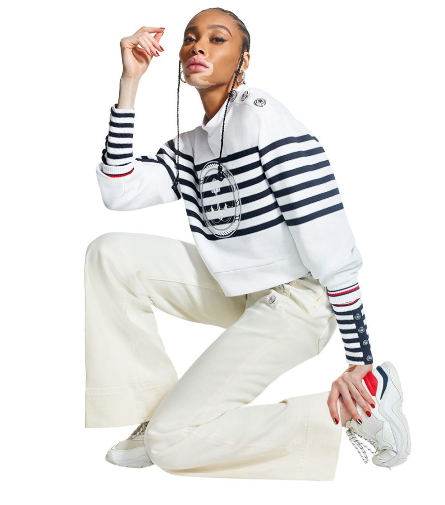 BLACK GIRL WHITE TOUSER