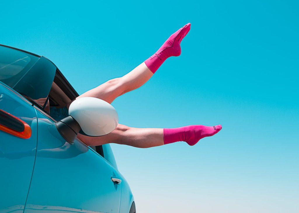 CAR SKY LEGS